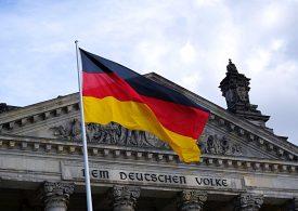 Бундестагът актуализира бюджета на Германия и одобри рекорден дълг