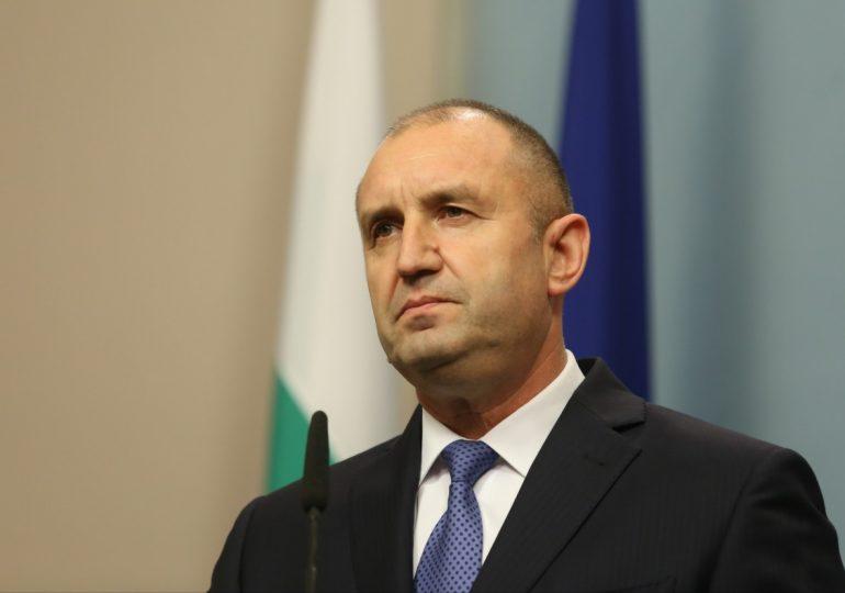 Президентът настоява да се свика комисията, която да реши за охраната на Доган и Пеевски