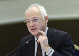 Дъното в икономиката беше през второто тримесечие, смята Васил Велев
