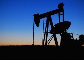 Цените на петрола нагоре заради бурята в Мексиканския залив