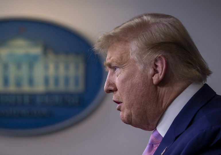 Тръмп спира визите за работа въпреки недоволството на бизнеса