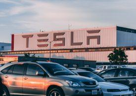 Tesla първа сред автомобилните гиганти по пазарна капитализация