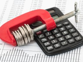 Отговор на всяка криза – по-високи заплати и социални плащания