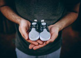 Забраняват продажбата на second hand бебешки дрехи, детски обувки и бански