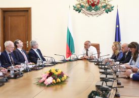 Социалните партньори подписаха националното споразумение