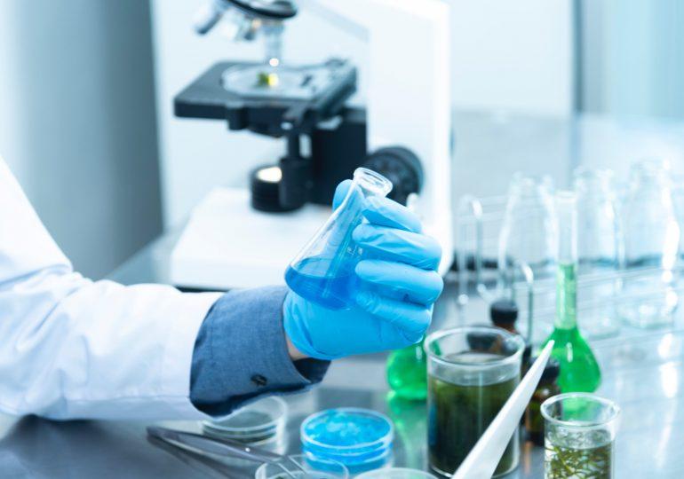 Pfizer обяви готовност за Covid ваксина, имунизираща за година