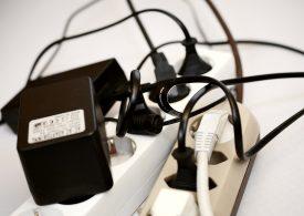 Няма тенденции за спад в цените на тока