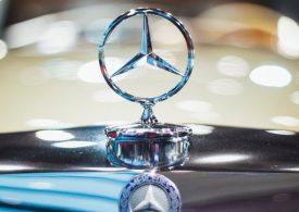 Търсенето на луксозни автомобили в Китай подобрява прогнозите на Daimler