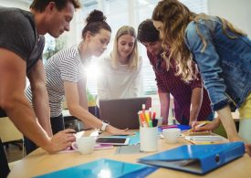 Компании инвестират в изграждането на млади предприемачи