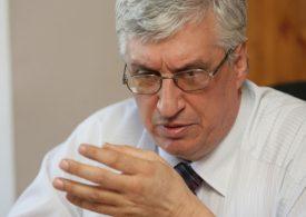 Дефицитът в Бюджет 2021 ще е много по-голям, прогнозира Иван Нейков