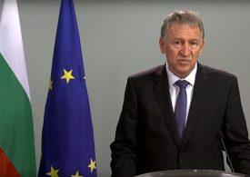 Здравният министър иска от бизнеса становище относно бъдещи ковид мерки