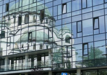Кой губи и кой печели от прехода в Северна Македония