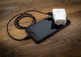 ЕК с решителна крачка към въвеждане на универсално зарядно устройство